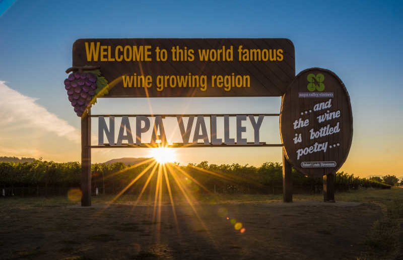 napa_valley_sign_bob_mcclenahan_c2228a36-7c14-4b60-ab25-076198e147e7
