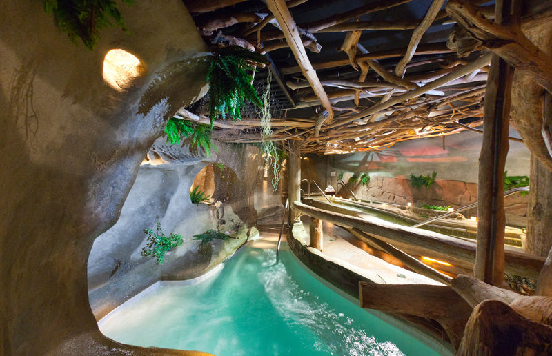 Hydrotherapy: Take The Detox Spa Plunge In Extreme Temperatures