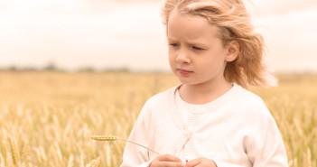 girl wheat food sensitivities