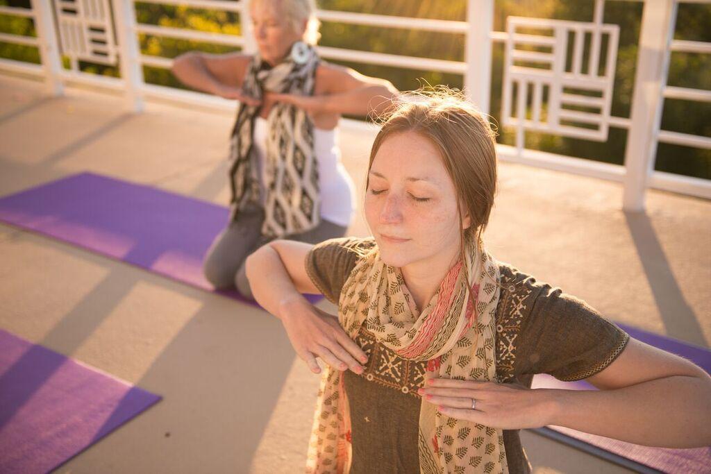 yogagirlscarfshankara