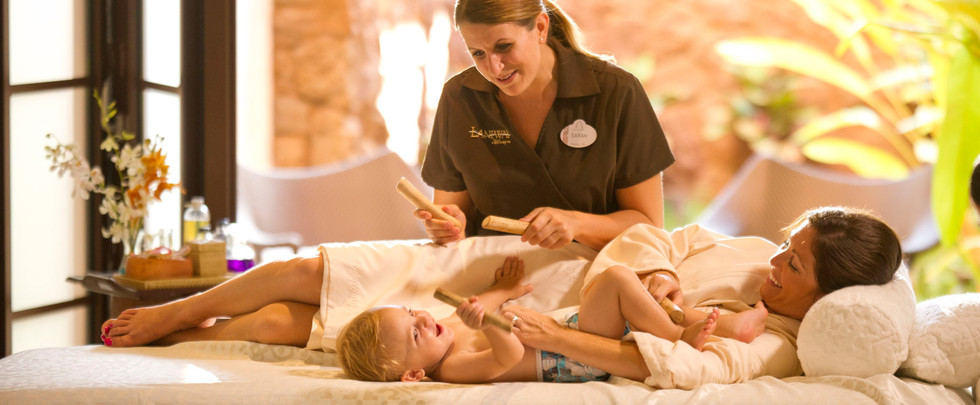 aulani-family-therapies-mother-and-child-massage-hero-g