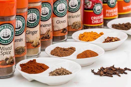 spices-flavorings-seasoning-food-medium