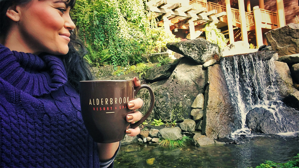 Alderbrook Resort in the Pacific Northwest with #blogger @mindfulsami