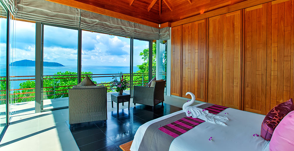 13. Featured Guest Suite 1