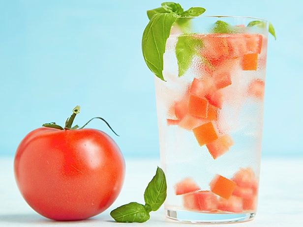 FNK_Infused-Water-Tomato-Basil_s4x3.jpg.rend.sni18col